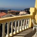Petrovac'ta Mükemmel deniz manzaralı rahat daire.