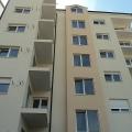 Becici'deki lüks plajlarına 250 metre mesafede Mükemmel yeni daireler.