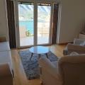Kotor Körfezi'nde yüzme havuzlu yeni konut kompleksi içinde 80 m2 satılık daire.