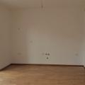 Tivat'da Geniş 3+1 Daire, becici satılık daire, Karadağ da ev fiyatları, Karadağ da ev almak