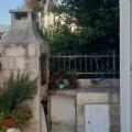 Denize sadece 50 metre mesafede 2 yatak odalı konforlu daire., Karadağ da satılık ev, Montenegro da satılık ev, Karadağ da satılık emlak