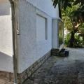 Stoliv'taki ön cephe evi, Karadağ Villa Fiyatları Karadağ da satılık ev, Montenegro da satılık ev, Karadağ satılık villa