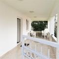 Lustica yarımadasında deniz kenarında ev, Karadağ Villa Fiyatları Karadağ da satılık ev, Montenegro da satılık ev, Karadağ satılık villa