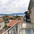Tivat'ta geniş panoramik terasa ve kendi bahçesine sahip daire, Karadağ da satılık ev, Montenegro da satılık ev, Karadağ da satılık emlak
