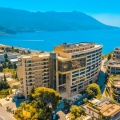 Budva Luxury Condo'da Denize Sıfır 2 Yatak Odalı Daire, karadağ da kira getirisi yüksek satılık evler, avrupa'da satılık otel odası, otel odası Avrupa'da