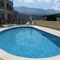 Yüzme havuzlu özel bir kompleks içinde iki yatak odalı daire. Becici, Karadağ, Becici da ev fiyatları, Becici satılık ev fiyatları, Becici da ev almak