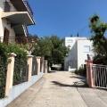 Deniz manzaralı Ratac iki katlı ev., Karadağ da satılık havuzlu villa, Karadağ da satılık deniz manzaralı villa, Bar satılık müstakil ev