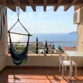 Bar, Ratac'ta üç yatak odası ve panoramik deniz manzaralı ev satılmaktadır.