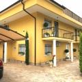Budva Lastva Grbaljska, Güzel Villa, Karadağ da satılık havuzlu villa, Karadağ da satılık deniz manzaralı villa, Becici satılık müstakil ev