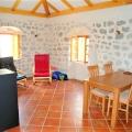 Panoramik deniz manzaralı ve Boka Kotorska Körfezi'nde büyük bir arsaya sahip ev., Kotor-Bay satılık müstakil ev, Kotor-Bay satılık müstakil ev