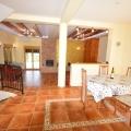 Boko Kotorska Koyu'nda denize yakın geniş villa, Karadağ satılık ev, Karadağ satılık müstakil ev, Karadağ Ev Fiyatları