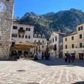 Kotor'da tadilat evi, Karadağ da satılık havuzlu villa, Karadağ da satılık deniz manzaralı villa, Dobrota satılık müstakil ev
