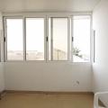 Deniz manzaralı rahat stüdyo. Sveti Stefan, Karadağ, Becici da ev fiyatları, Becici satılık ev fiyatları, Becici da ev almak