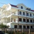 Bar Susanj (Ilino) bölgesinde yer alan alan 648 m2 ile çok iyi bir ev.