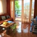 Igalo'da havuzlu ve bahçeli muhteşem daire, Montenegro da satılık emlak, Baosici da satılık ev, Baosici da satılık emlak