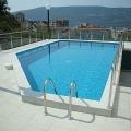 Herceg Novi'nin yeşil, sakin bir alanında muhteşem, güneşli daireler.