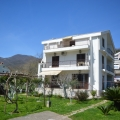 Very nice house with apartments place Bijela.