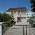 Ulcinj'de ev, Karadağ da satılık havuzlu villa, Karadağ da satılık deniz manzaralı villa, Bar satılık müstakil ev