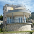 Luxurious villa with stunning panoramic sea views in the Green Belt (Shushan) is for sale.