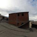 Brca'da bitmemiş üç katlı ev.