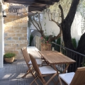 150m2'lik bir alana sahip olan Rjeka Rezevici'de güzel bir ev.