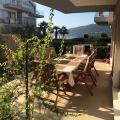 Djenovici'de bahçe ile daire, Montenegro da satılık emlak, Dobrota da satılık ev, Dobrota da satılık emlak