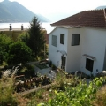 "Large family home with garden, near the ""Forza Mare"" hotel, second row from the sea (25m), access from the main road."
