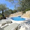Prelepa kamena vila sa bazenom u Buljarici, Region Budva kupiti kuću, Becici kuća prodaja