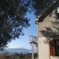 Kavac'ta büyük arsa ile ev, Region Tivat satılık müstakil ev, Region Tivat satılık müstakil ev