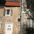 Cozy apartment of 29 sqm in a renovated stone house.