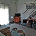 Budva, Karadağ'da satılık tek yatak odalı daire.