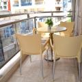 Budva'da denizden sadece 50 metre satılık tek yatak odalı daire.