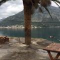 Stoliv Kıyı Şeridinde Tas Ev, Kotor-Bay satılık müstakil ev, Kotor-Bay satılık villa