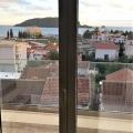 Budva'da plaja yakın deniz manzaralı yeni donanımlı daire, becici satılık daire, Karadağ da ev fiyatları, Karadağ da ev almak