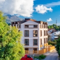 Montenegro Tivat yeni binada satılık yeni stüdyo Stüdyo ikinci katta yer almaktadır.