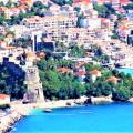 Satılık 780 m2 arsa üzerinde 285 m2 lüks bir villa.