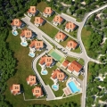 The whole object with foundations for the villas and the plot is for sale! Villa No.