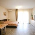 Tivat'ta İki Stüdyo Daire, becici satılık daire, Karadağ da ev fiyatları, Karadağ da ev almak