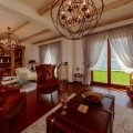 Ön cephedeki Dobrota'daki villalar, Karadağ satılık ev, Karadağ satılık müstakil ev, Karadağ Ev Fiyatları