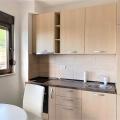 Budva'da denize 100 m mesafede deniz manzaralı tek yatak odalı daire, becici satılık daire, Karadağ da ev fiyatları, Karadağ da ev almak