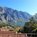 Boka Koyu'nda deniz manzaralı iki yatak odalı daire, Kotor-Bay da satılık evler, Kotor-Bay satılık daire, Kotor-Bay satılık daireler