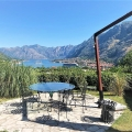 Villa for sale with a total area of 300 m2 on a plot of 1800 m2.