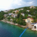 Plot of 1000m2 located right on the seafront with its own beach and the possibility keep a boat or jet ski.