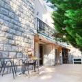 Budva'da Satılık Ev, Karadağ da satılık havuzlu villa, Karadağ da satılık deniz manzaralı villa, Becici satılık müstakil ev