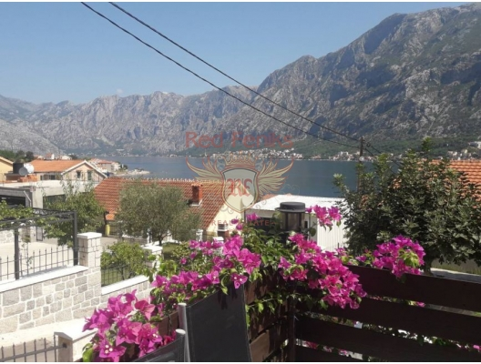 Prcanj'da Muhteşem Tripleks Villa, Karadağ Villa Fiyatları Karadağ da satılık ev, Montenegro da satılık ev, Karadağ satılık villa
