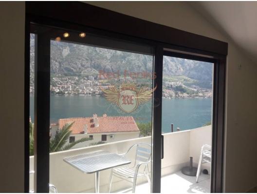 Prcanj'da Muhteşem Tripleks Villa, Kotor-Bay satılık müstakil ev, Kotor-Bay satılık villa