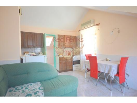 Kotor'da Denize Sıfır Iki Yatak Odali Daire, Karadağ satılık evler, Karadağ da satılık daire, Karadağ da satılık daireler