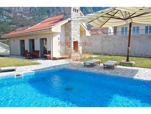 Özel Güvenlikli Site İçerisinde Mükemmel Manzaralı Villa, Karadağ Villa Fiyatları Karadağ da satılık ev, Montenegro da satılık ev, Karadağ satılık villa