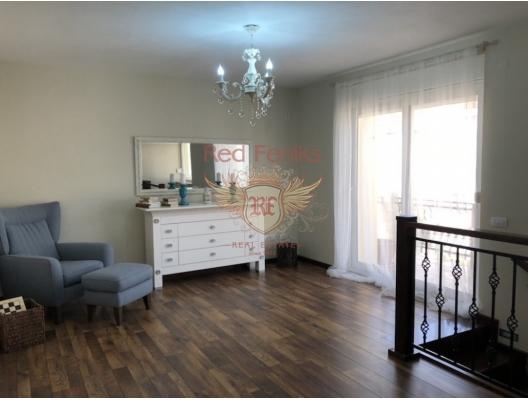 Karadağ, Plavi Horizonti Plajı Yakınındaki Büyük ev, Karadağ Villa Fiyatları Karadağ da satılık ev, Montenegro da satılık ev, Karadağ satılık villa