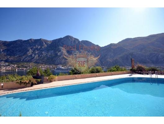 Kotor Körfezinde Panaromik Manzaralı Daire, karadağ da kira getirisi yüksek satılık evler, avrupa'da satılık otel odası, otel odası Avrupa'da